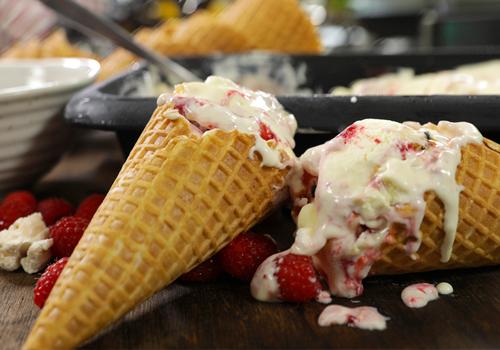 No Churn Passion Fruit, Raspberry and Pavlova Ice Cream